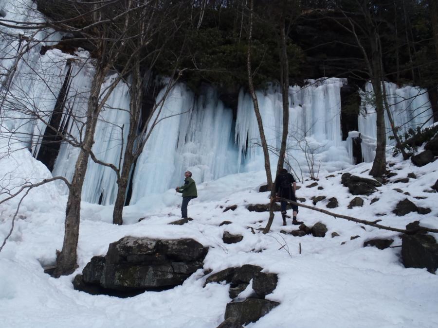 Panorama ice at the next falls up.